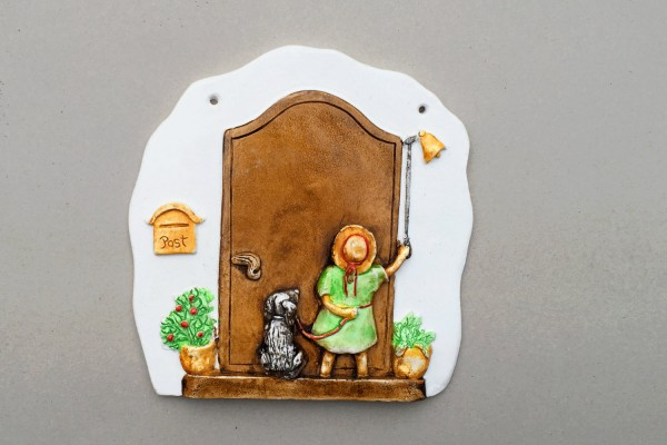 "door plate ""child with dog"""